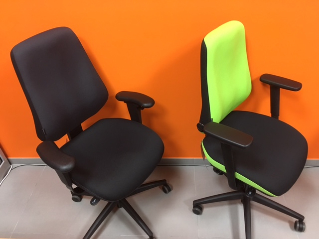ergonomic healthy office chair against back pain